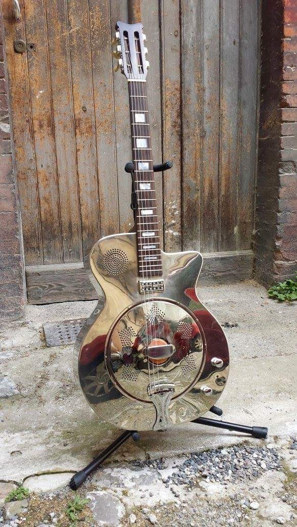 Beuscher jazz guitar resonator.jpg