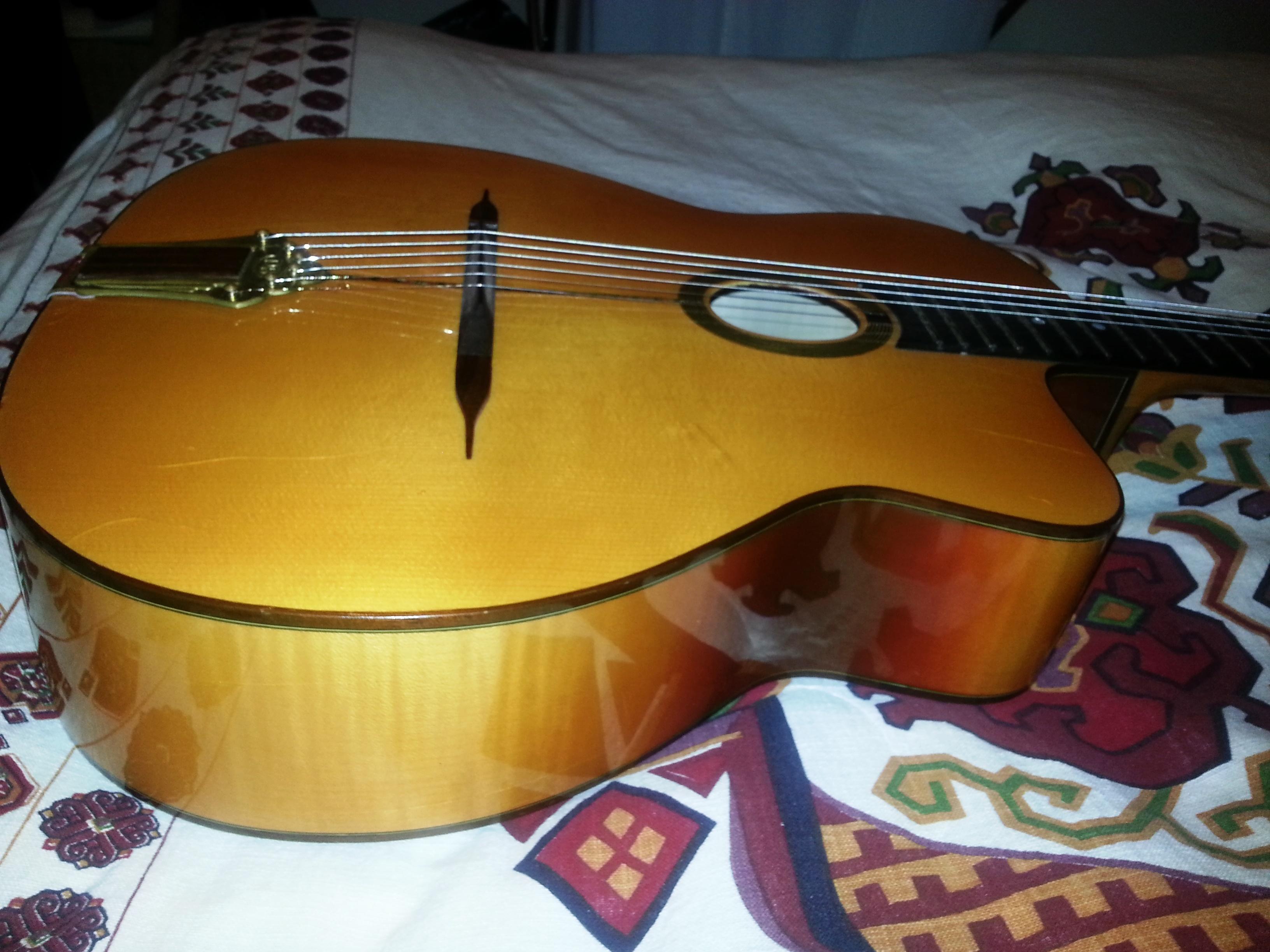 ivanovski-guitar-6