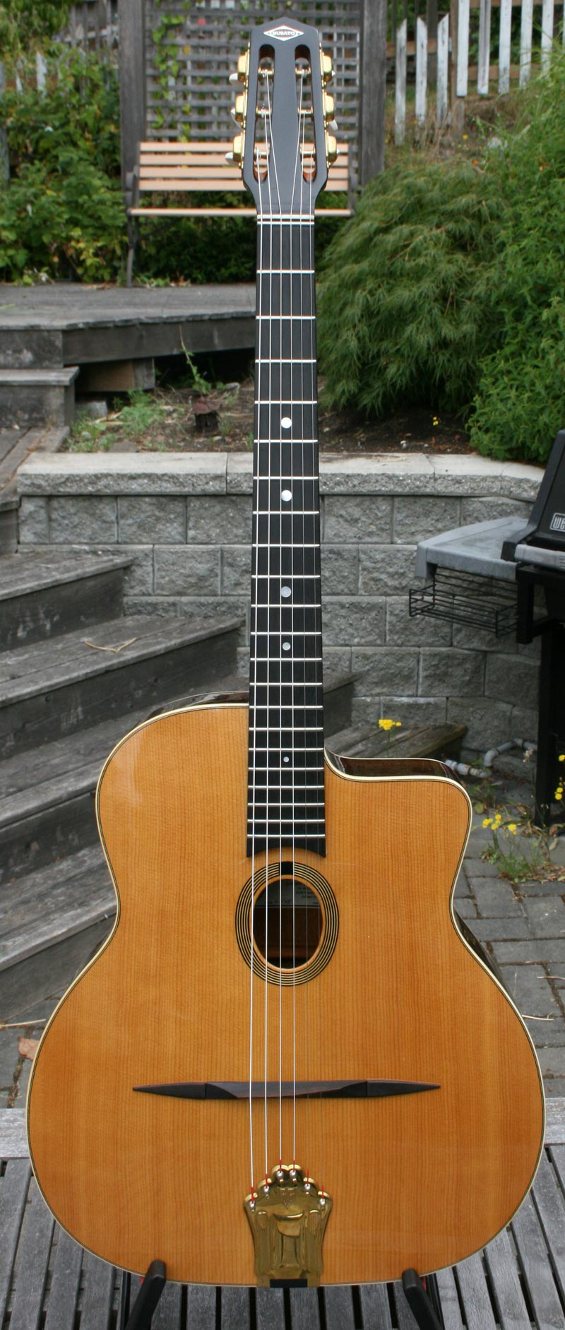 2008 Dupont BUSATO Luxe Oval Hole Guitar (Indian Rosewood Back and Sides) with Hardshell Case