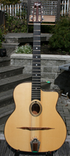 USED 2006 DELL'ARTE OVAL HOLE HOMMAGE GUITAR (INDIAN ROSEWOOD BACK AND SIDES) WITH JUMBO FIBERGLASS