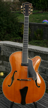 2004 Eastman Uptown Archtop AR810CE with HSC